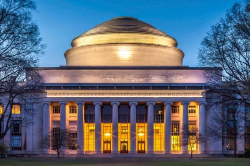 آشنایی با دانشگاه  MIT  ( Massachusetts Institute of Technology )